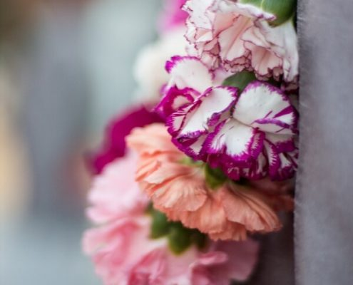 Detalle floral para gala temática hindú