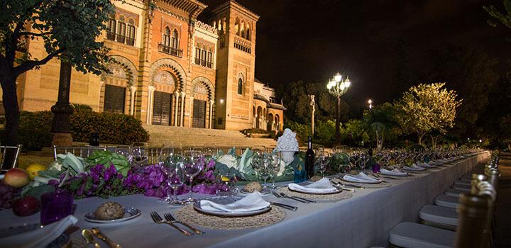 Catering hindú en Plaza America de Sevilla