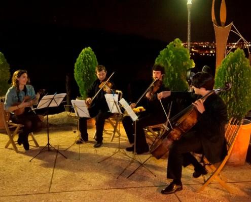 Música en vivo en Pabellón de Jun