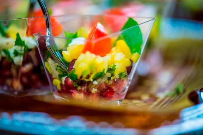 Ensalada realizada por servicio de catering