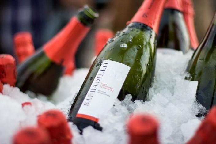 Botellas de vino Barbadillos en hielo