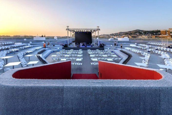 Anfiteatro de La Nube preparado para concierto