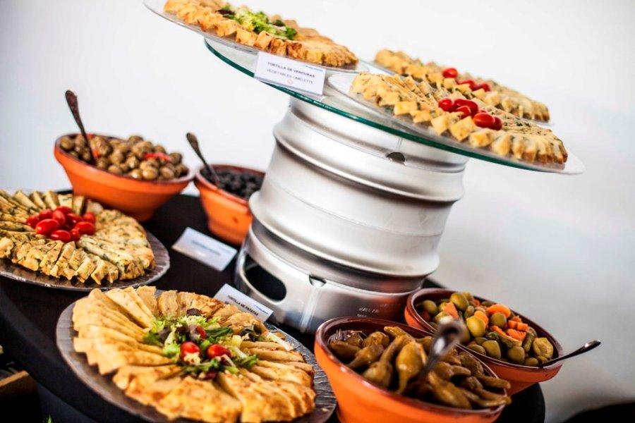 Catering con buffet para empresa