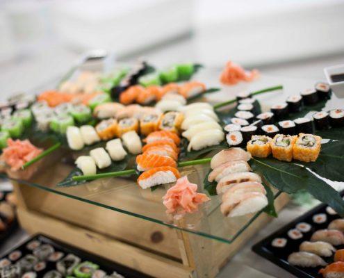 Catering con sushi fresco