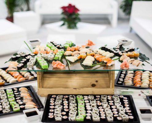 Bandejas de sushi para eventos