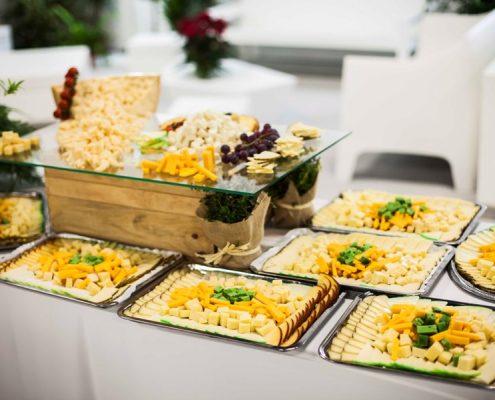 Catering con bandejas de quesos