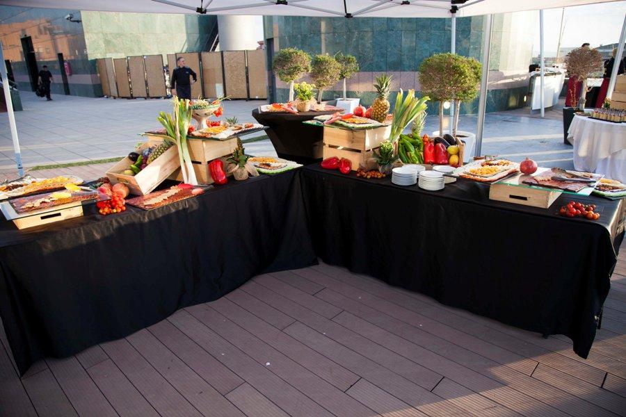 Buffet de quesos y chacinas ibéricas en el Palacio de Congresos de Granada