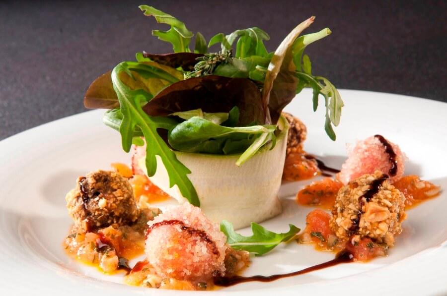 Plato innovador para nueva gastronomía para catering en Sevilla
