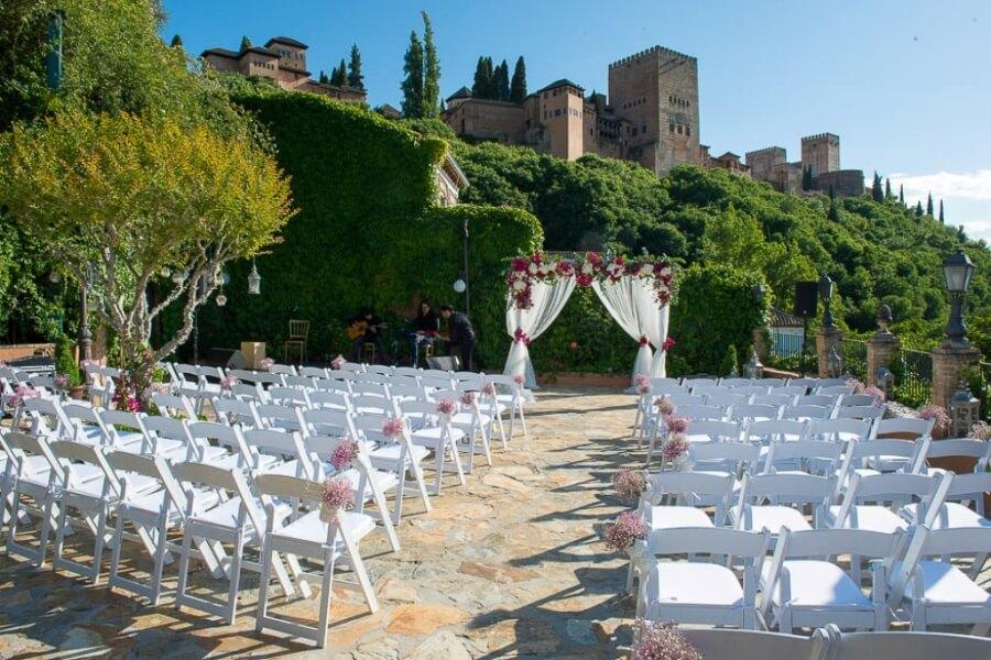 Celebración de boda civil convistas a la Alhambra