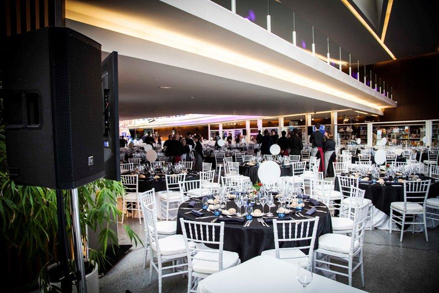 Montaje para premios Ceaje en Granada